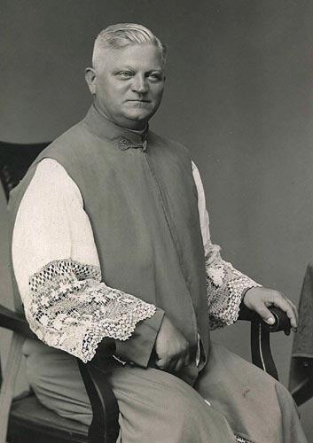 Wspominamy śp. księdza prałata Edmunda Roszczynialskiego